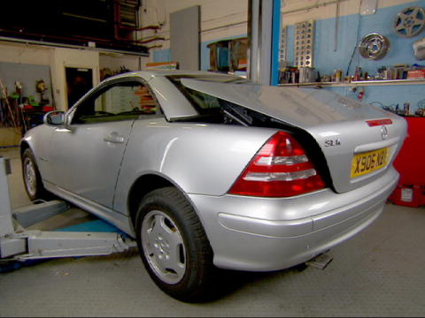 Wheeler Dealers: Repairing the Roof